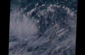 台风天鹅卫星云图拍摄视频