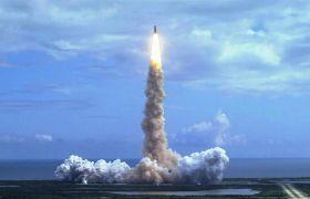 震撼航天火箭发射升空高清实拍视频素材