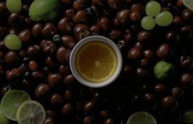 4K茶水饮料黑与色彩对照高清镜头拍摄视频展现片