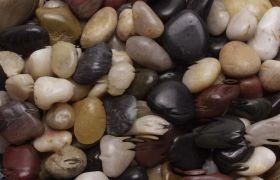 清澈河水水波流动水底石头实拍视频