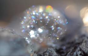 切割工?#31449;?#28251;的璀璨的钻石全方位特写实拍视频素材