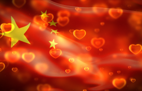 闪闪发光的爱心飘扬的国旗背景视频素材