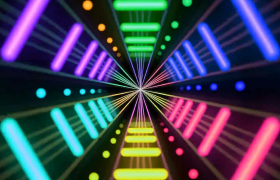 ?快速闪耀的五颜六色的灯光通道酒吧夜场视频素材