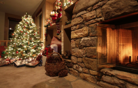 圣诞树火炉礼物国外圣诞节庆祝实拍视频素材