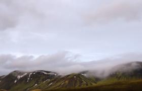 山脈云層漂浮流轉唯美自然風光延時攝影視頻素材
