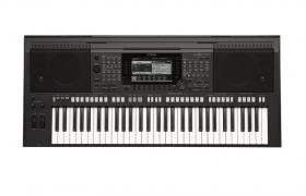 鍵盤類電子合成樂器單排鍵keboard電子琴C4D模型