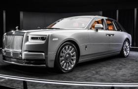 全鋁架構平臺頂級豪車勞斯萊斯第八代新幻影C4D模型展示