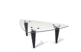 創意性設計透明玻璃材質高精度家居3角茶幾C4D模型