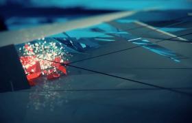 闪光玻璃碎片交错变幻企业科技动态视频素材