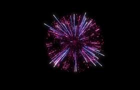 火红粒子烟花上升绽放4K唯美夜空烟花风景新年元素视频素材
