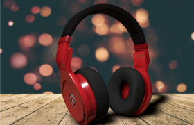C4D桀驁黑紅十周年紀念款Beats頭戴式無限藍牙降噪游戲耳機Studio3 Wireless模型