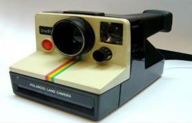 寶來麗POLAROID即拍即現一次成像的免沖洗相機C4D模型(含貼圖)