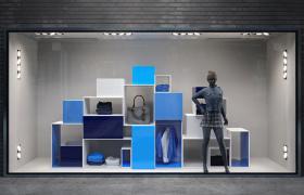 服装店铺商品宣传展示高品质透明落地橱窗C4D模型