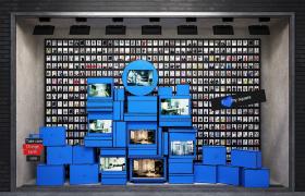 海量照片墙帷幕创意蓝色橱窗建筑时尚街景C4D场景模型