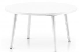 纯白色四脚圆桌品质时尚家居用品室内物品摆放桌C4D模型(含贴图)
