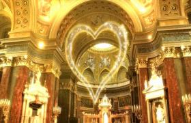 歐式華麗建筑背景閃光粒子心形匯聚LED婚慶舞臺背景視頻