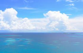 海天相連蔚藍海景高清實拍視頻素材