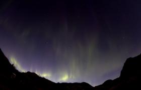 山顶星光璀璨美丽极光变幻MP4实拍视频优德w88中文版