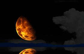 半轮明月湖面黑暗空中升起MP4延时实拍视频