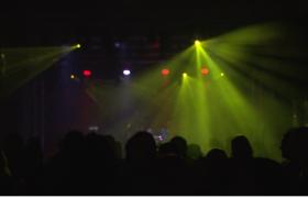 热闹欢乐的舞池派对氛围灯渲染party活动视频素材
