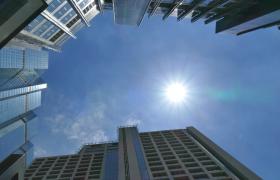 視頻素材-城市建筑高樓仰望天空延時攝影視頻素材