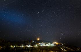星空素材_灯火阑珊的城市夜空高清延时摄影MP4实拍视频素材
