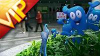 上海世博会带吉祥物海宝镜头 快速人物流动上海城市镜头高清实拍