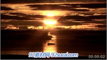 晚?#21152;?#29031;海上天边霞光一片 标清实拍素材