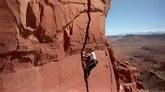 航拍极限运动 攀岩 登山运动高清实拍视频素材
