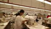 制衣厂制衣车间镜头高清实拍视频素材