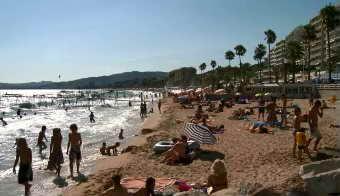 海滩人群特写高清实拍视频素材