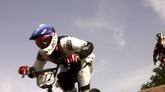 极限运动自行车赛跑高清实拍视频素材