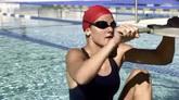 游泳高清实拍视频素材
