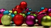 圣诞节日素材 圣诞?#23454;?#24425;球高清实拍视频素材