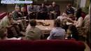 座谈讨论研究做笔记 众人围桌研讨 高清实拍视频素材