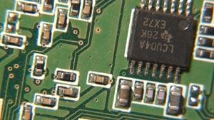 3组主板电子配件科技实拍
