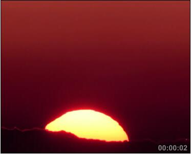 天边日出云层红满天 标清实拍优德w88中文版
