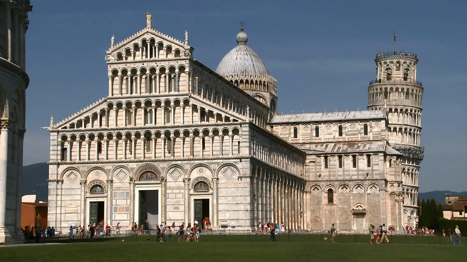 世界著名旅游景点 名胜建筑物意大利比萨斜塔前的建筑与人流