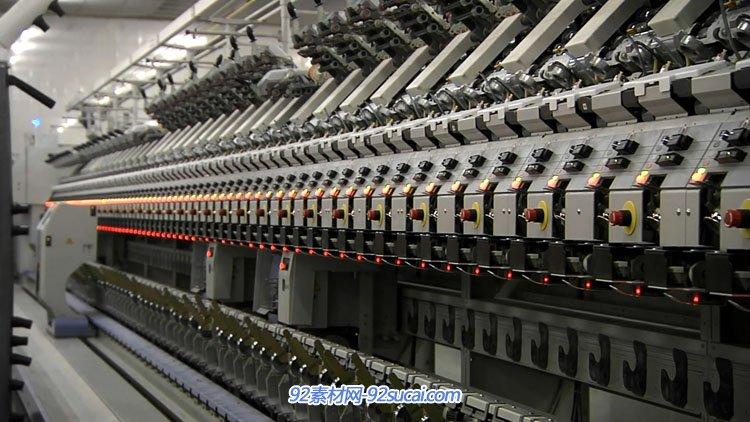 高清实拍服装专题宣传广告片 机械纺织纺纱针织生产车间工作过程