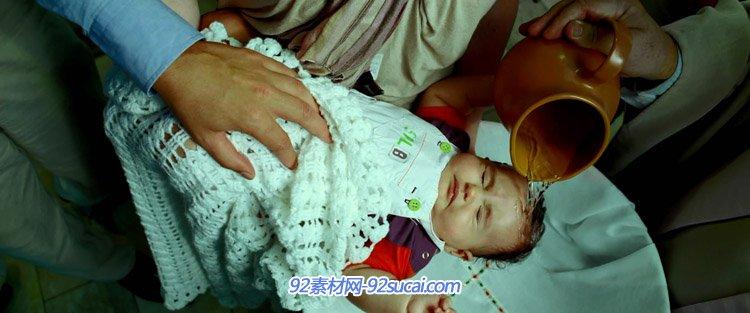 巴西圣保罗的教堂中婴儿和儿童们接受洗礼宗教信仰 高清实拍优德w88中文版