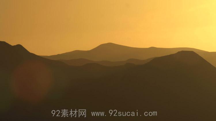 山峰金色的夕阳映照 4K超高清实拍动态视频素材
