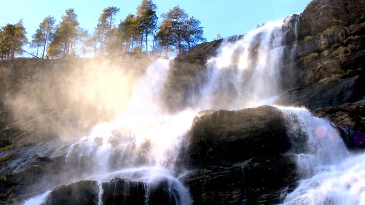 壮观的高山瀑布流水 高清自然风光风景实拍视频素材