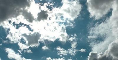 蓝天白云阳光明媚的晴天天空上 飞速的云高清实拍视频素材