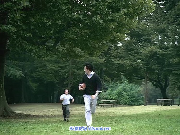 三星生命保险-父子篇 亲子互动游戏运动打球温馨创意广告视频