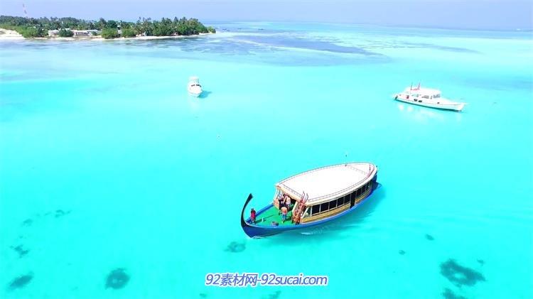 马尔代夫碧海蓝天小岛沙滩唯美风光 居民游客游玩高清