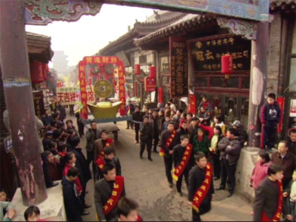 乡村村民春节过年传统习俗 写春联贴对联迎财神舞龙实拍