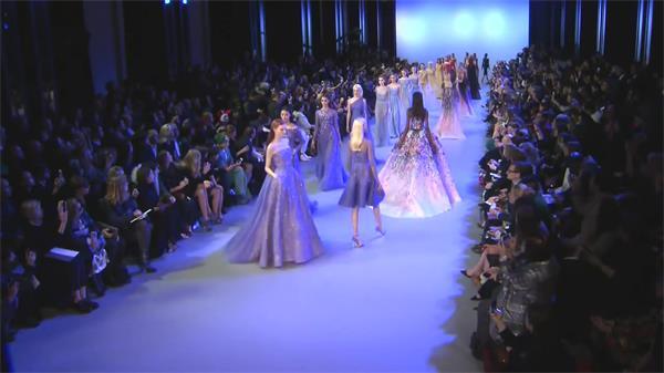 国外时尚春夏款时装周模特走秀 时装走秀高清实拍
