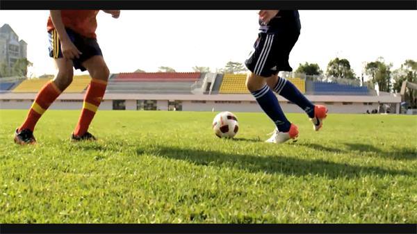 足球教学外国?#22616;?#23398;生运动校园宣传高清实拍