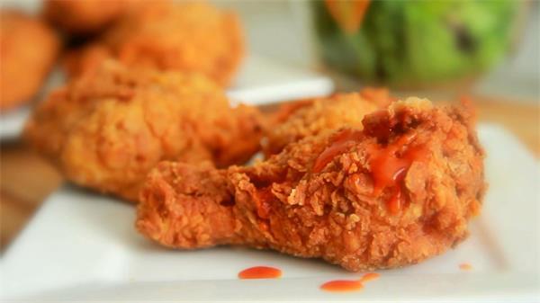 麻辣脆香鸡鸡腿肉制作过程高清实拍