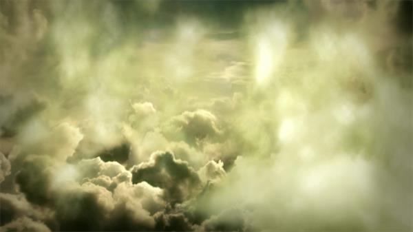 震撼梦幻万里高空冲破云层视觉高清动态视频素材